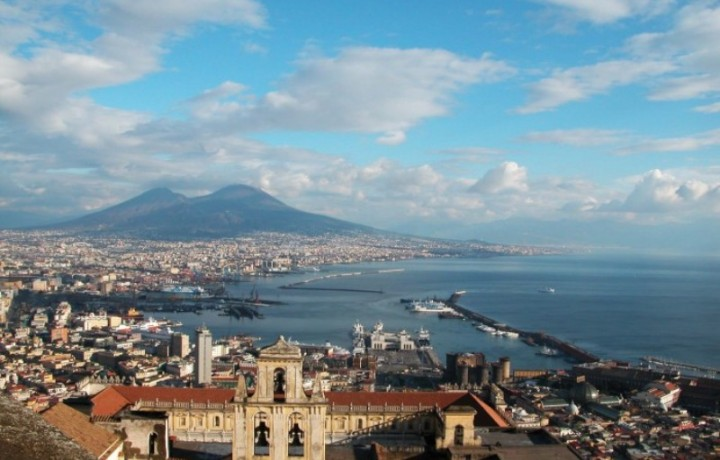 Speciale Offer 1 night stay with free trasfer to Porto Molo Beverello Port of Naples